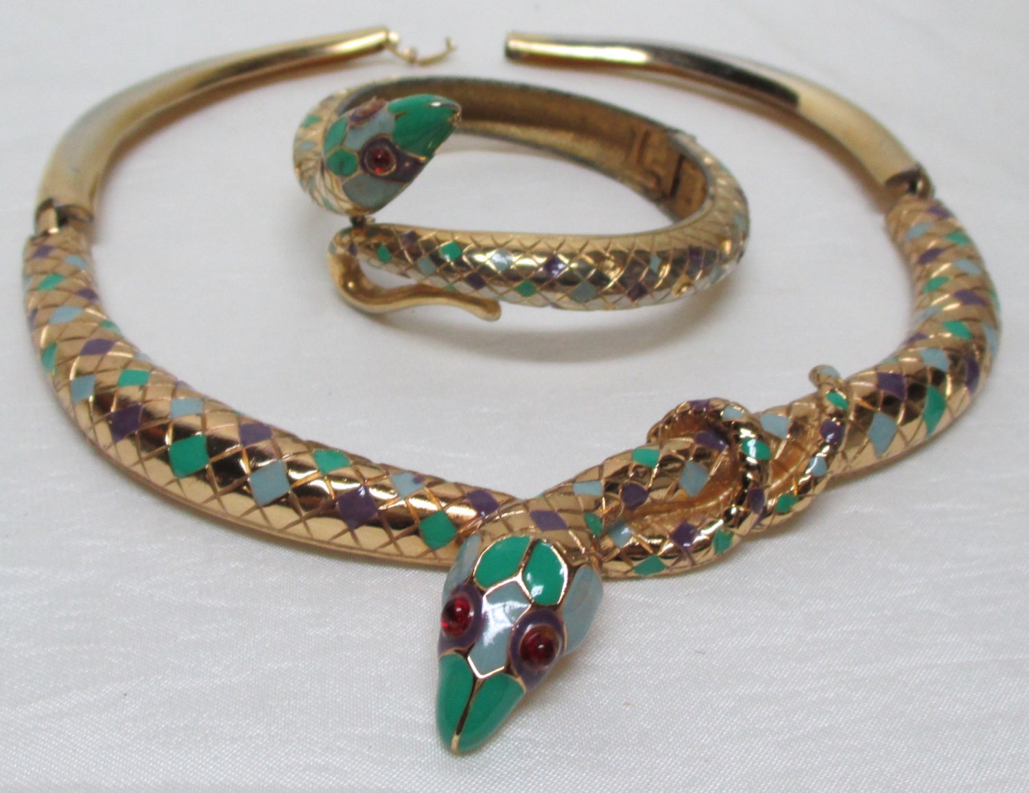 a55e051d Stunning Vintage Costume Jewelry